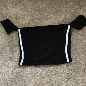 black crop top w stripes